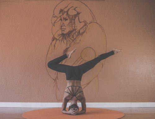 8 consejos para una práctica exitosa de yoga en casa